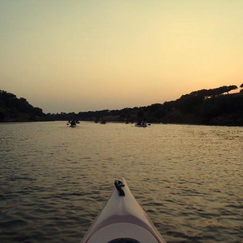 5---canoagem-lago-sunset.png